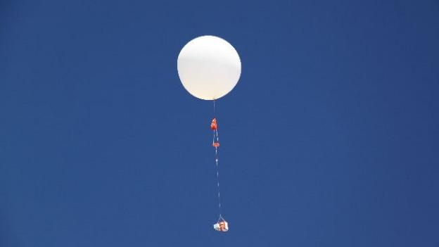 globo atmosfera espacio cnn baloon - Tunel del tiempo sobre la Antartida